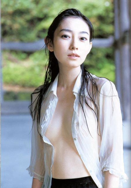 img 5ee5f5ad5bd54 - 服が濡れて乳首が透けてる女ってマジでエロいよなって画像