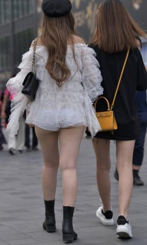 img 5f8fa1fa4538f - 【まちどり】露出度高めでハミ尻し放題な街角むっちり女子21枚