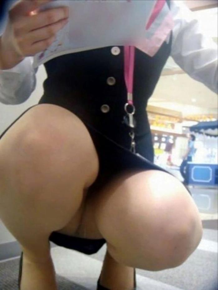img 5fb50bda61fcb - かわいらしく内股で座るタイトスカートのOLさんを真正面から撮った画像がこちらwww