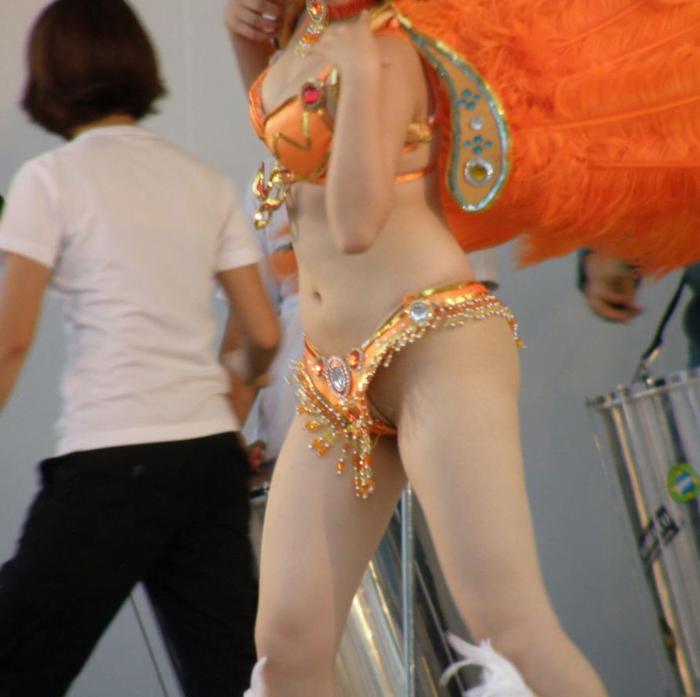 img 5fc8d871990d3 - 日本のサンバダンサーってどんなもんなの?←本場よりもえちえちだった。