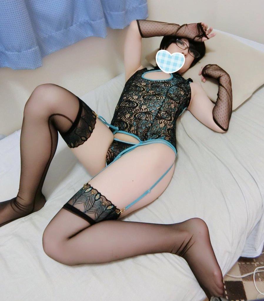 img 60fcfd1e1a9c2 - 【画像】股間のもっこりが特徴的な男の娘たちのお尻がエロい!!
