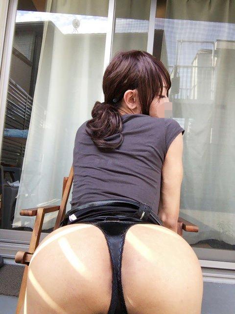 img 60fcfde474fc0 - 【画像】股間のもっこりが特徴的な男の娘たちのお尻がエロい!!
