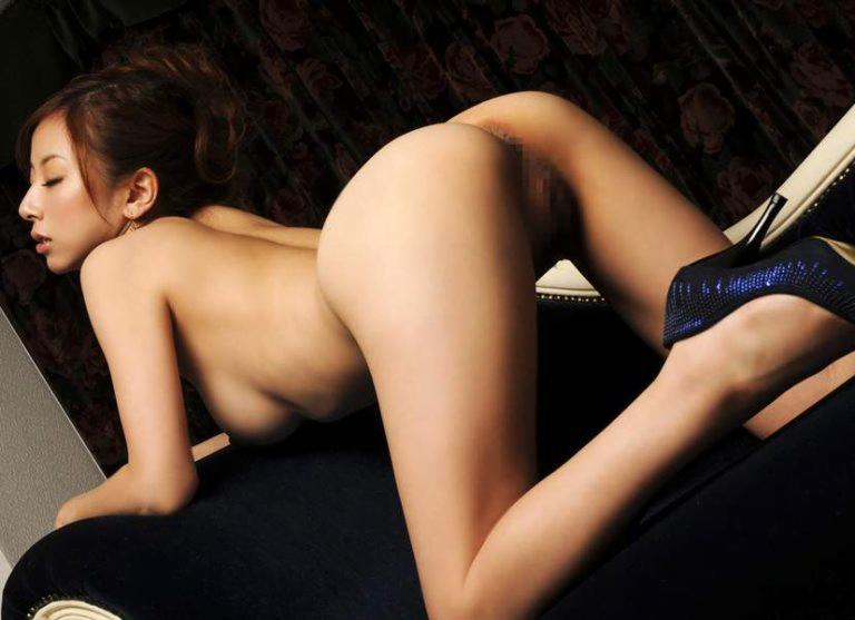 img 610b9826df072 - 【四つん這い】デカい尻とエロい顔で誘ってくる女の子のエロ画像【裸】