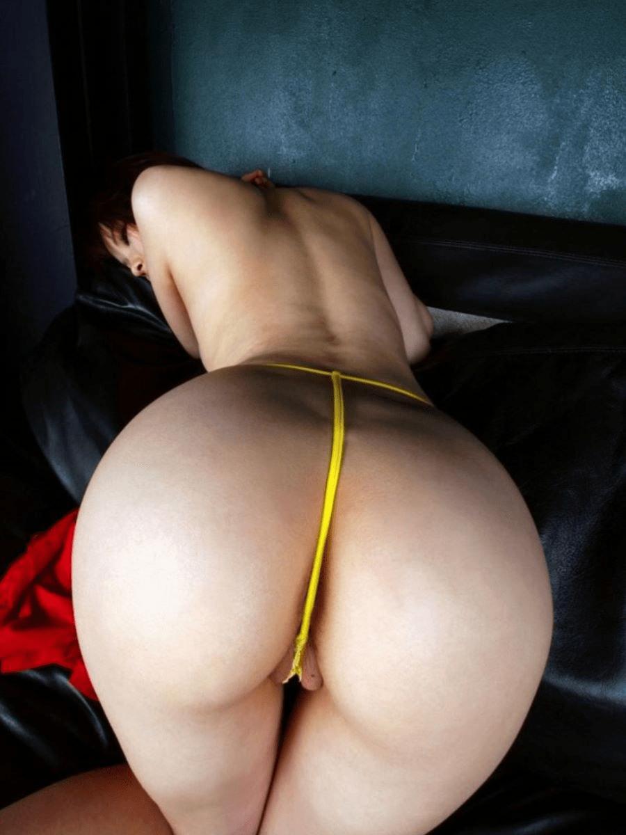 img 61230409160a9 - 【モザイクなし】パンツのクロッチ部分を食い込ませて誘惑する女さんたちの画像!2